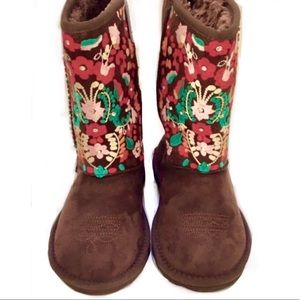 Montana West Womans Faux Suede Embroidered Boot 6M